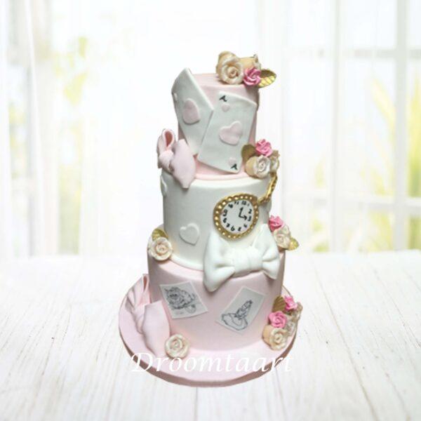 Droomtaart Alice in Wonderland taart