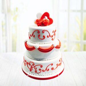 Droomtaart Bruidstaart wit rood harten