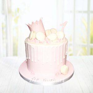 Droomtaart Drip cake macarons lichtroze