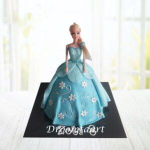 Droomtaart Frozen Elsa barbie taart 2