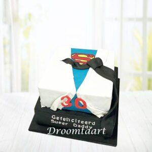Droomtaart Super Man shirt taart 2