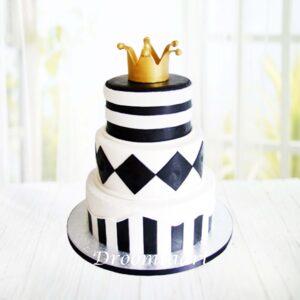 Droomtaart Zwart wit taart met kroon