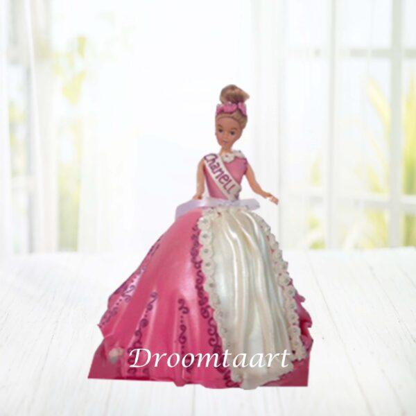Barbie taart 1