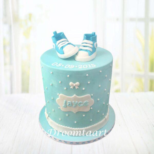 Droomtaart Geboorte taart schoentjes hoog